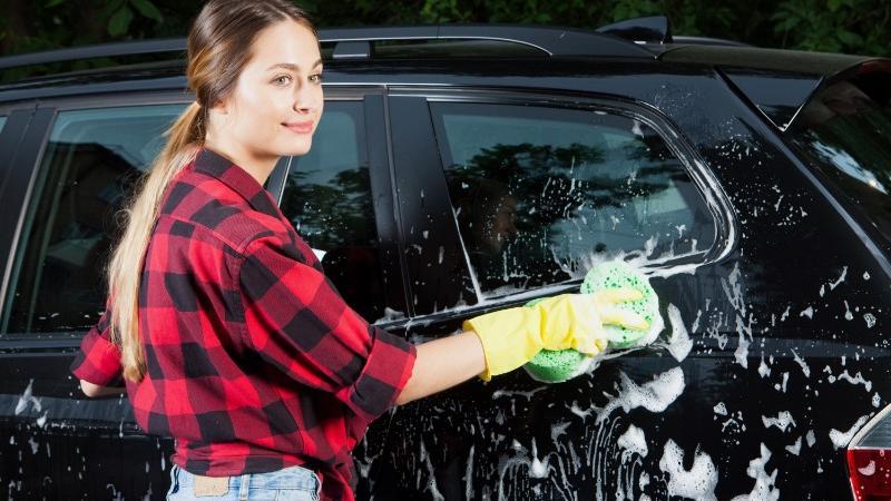 スマートガレージKITの取付には、アルミ洗車台が便利!